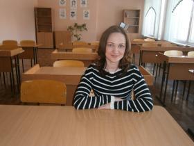 Бажутова Надежда Ананиевна  - учитель технологии